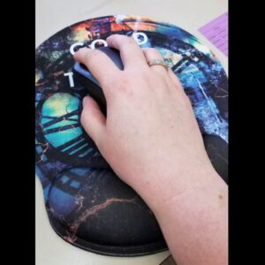 Review: Ergonomic Design Mouse Pad with Wrist Rest Hand Support and Keyboard Support. Round Lar...