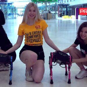 DANCE BATTLE: ROBOTS vs. GIRLS | PREMIERE of NEW VIDEOCLIP 2021